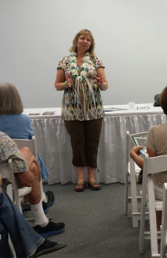 doreen speaking at the hawaii-chocolate-festival