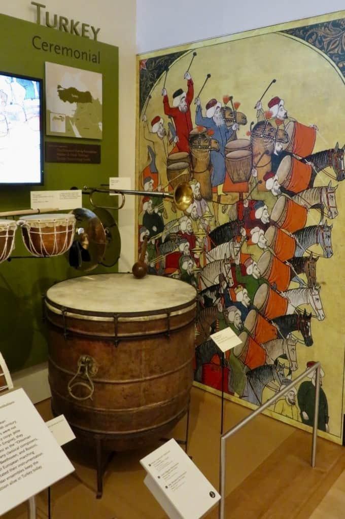 musical-instrument-museum